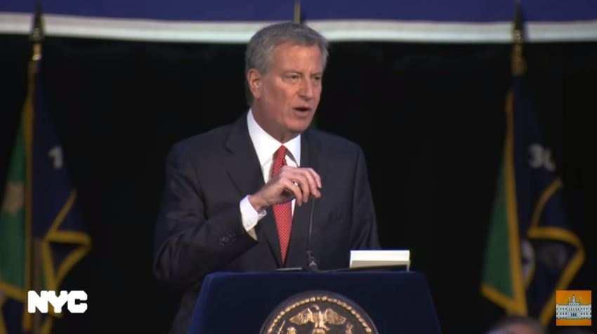 """纽约警察奔走相告:上周末全城""""零枪击"""",25年来首次"""