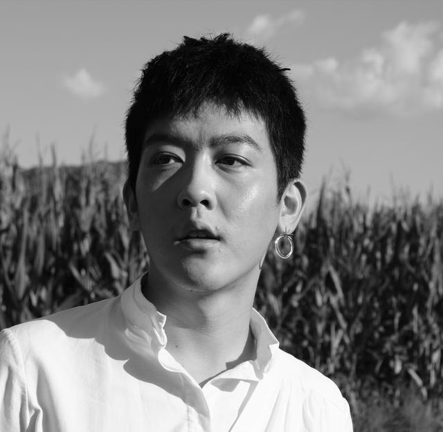 《奇葩说》里走出的姜思达:世界对我没啥期待,我感到幸福