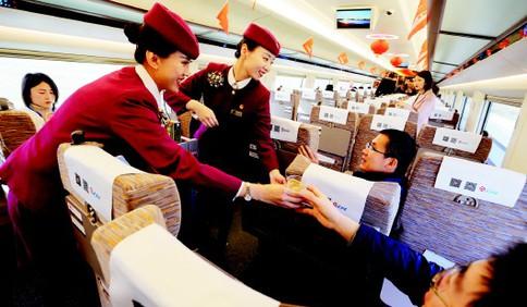 济青高铁正式开通 列车高科技含量和贴心服务大升级