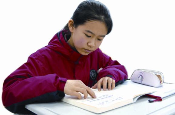 """一分钟记住所有纸牌!12岁聊城女生获""""世界记忆大师""""称号"""