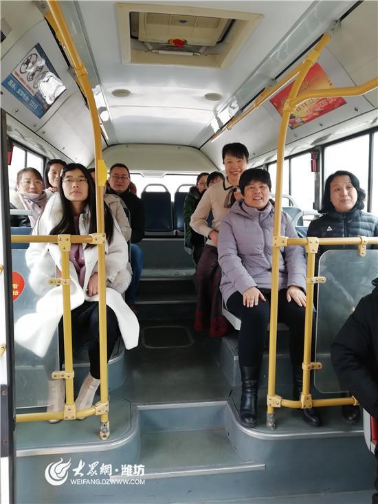 抓落实解难题!坊子区264名教师开学首日有了专属定制车