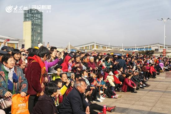 天津巡游攻略:两月两龙俯首:舞龙舞狮等习雅口头萧瑟表演