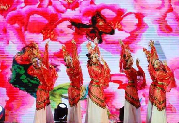 云南腾冲文化旅游招商宣传推介会青岛举行