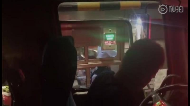消防车救火归来遭收费站阻拦?南昌消防和江西