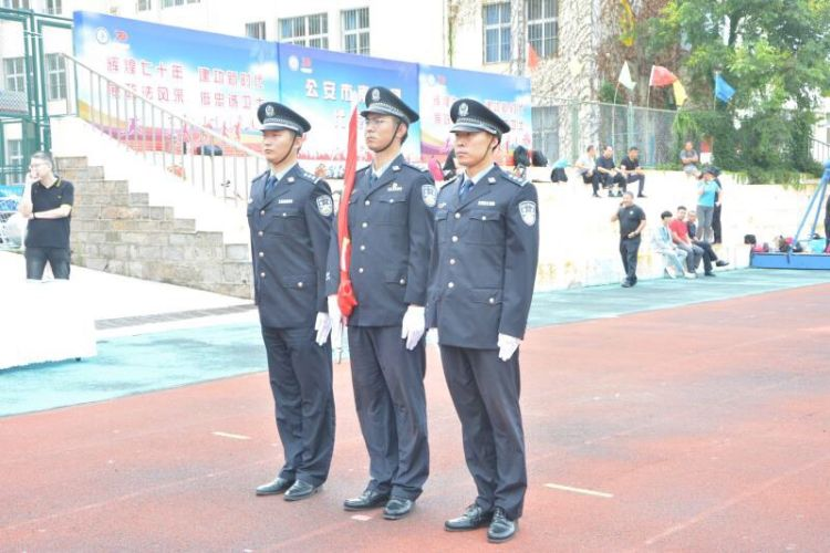青岛市南区首届政法文化月主题活动启幕 参与干警1000人次以上