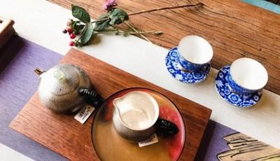 探青岛 这家悄咪咪开在大学校区旁的茶馆真不一般,去一次你就会爱上!