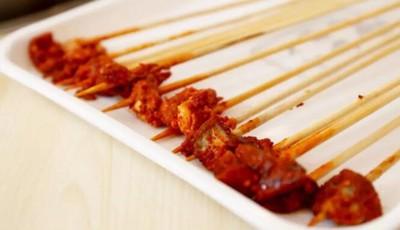 探青岛  也许你吃过很多串串,但这家是独一无二的,还原巴适成都味!