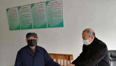 """王哥庄战""""疫""""中不忘初心的90岁老党员"""