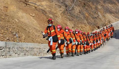 山东省消防救援总队组织开展森林火灾拉动演练
