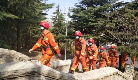 24小时轮班在岗 西海岸新区筑牢森林防火安全网