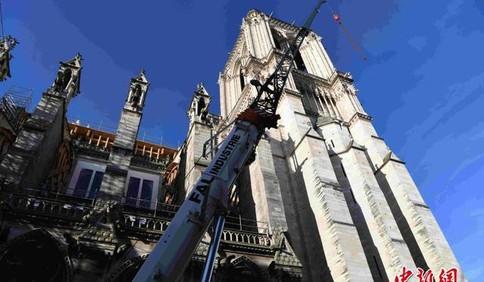 巴黎圣母院大火一周年修缮工作因疫情而暂停 法国新冠患者住院人数首次出现下降