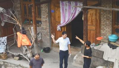 俩月踏遍5个乡镇84个村庄 80后扶贫干部张彪扶贫路上书写青春之歌