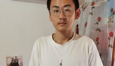谦虚、积极、热爱运动 即墨696高分学霸已接到清华北大的招生电话