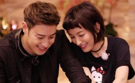 潘玮柏宣布结婚喜讯:挚友杨丞琳喜极而泣 吴昕送祝福
