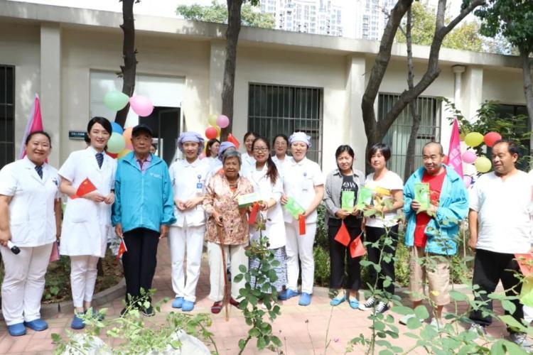 """青岛全市卫生健康系统开展向""""最美护士""""李琳学习活动"""