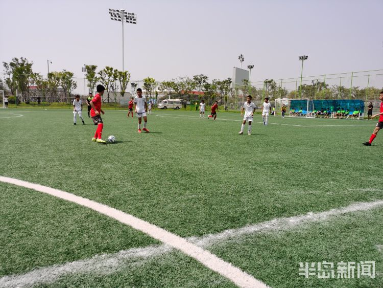 2020青岛青少年足球精英赛:传控体系显威力 7人黄海U12完胜8人鲲鹏U12
