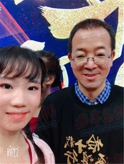 新东方青岛学校老师刘宝莹:在坚持中愈发热爱,凭勇气乘风破浪
