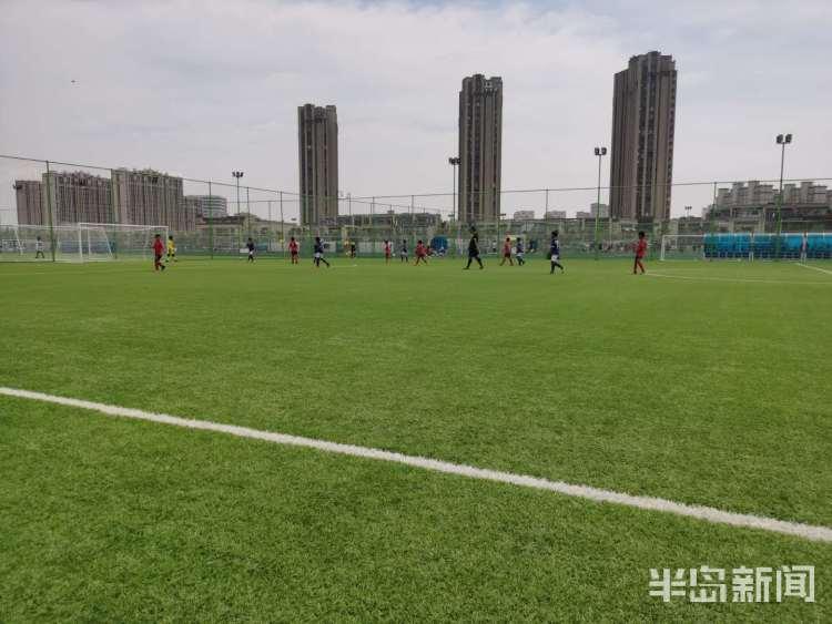 青岛鲲鹏足球俱乐部