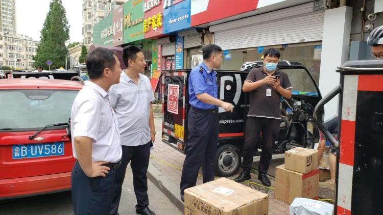 创城 青岛香港中路街道:燃激情战高温 创城脚步正铿锵