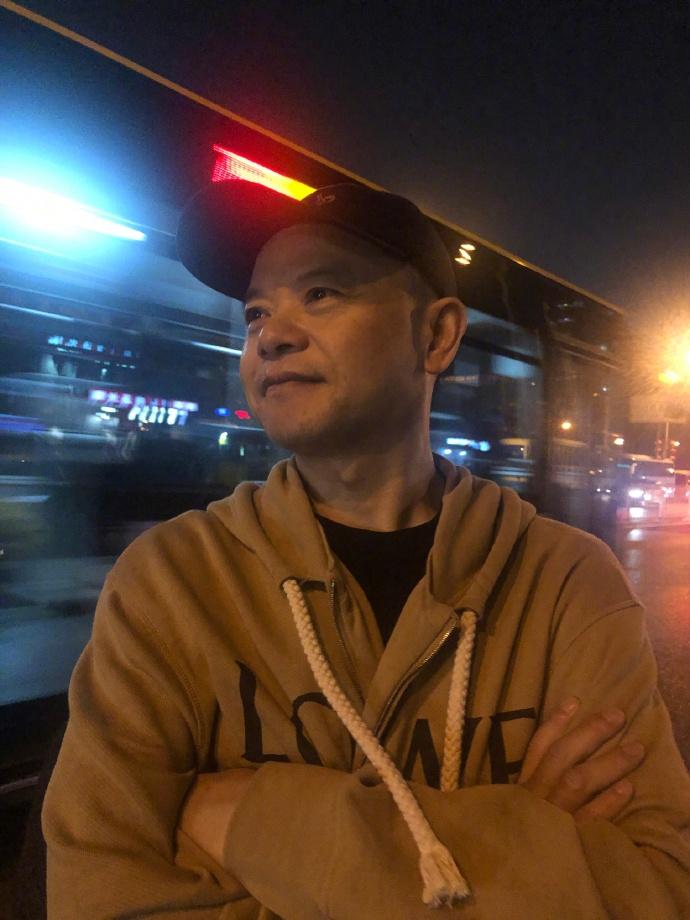 黄子韬发文称自己不会倒下:不会让我爸失望