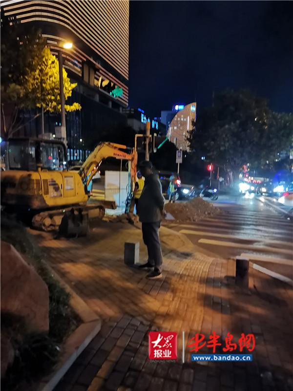 建筑公司擅自挖掘市政道路 崂山区综合行政执法局再开罚单