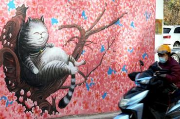 """青岛""""龙城巷子"""":CBD里的童话世界"""