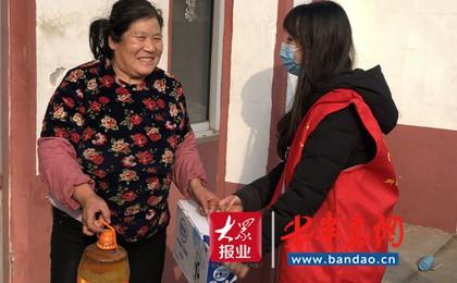 胶州:新时代文明实践志愿服务开展冬日送温暖 安...