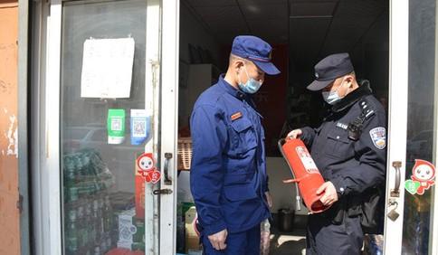 新春走基层| 平安春节 有我护航  青岛市港航公安局大港派出所守护在你身边