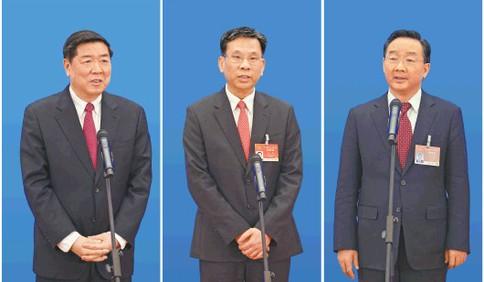 """首场""""部长通道""""回应中国经济走势、减税降费、粮食安全等热点问题"""