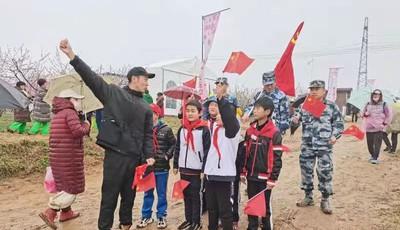 青岛西海岸新区六汪镇退役军人学党史践初心