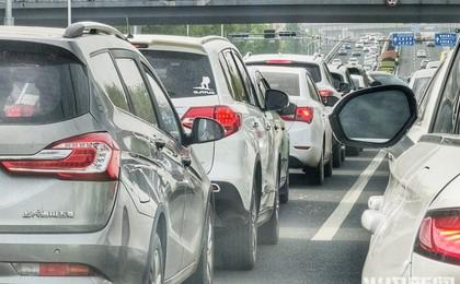 青岛:节后首个工作日 你被堵路上了吗?