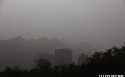 沙尘来袭 注意防护!青岛市区空气质量达到严重污...