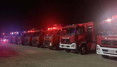 鲁豫同心 星夜驰援!青岛12辆消防车60名指战员赶往河南