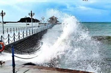 """""""烟花""""未至,青岛沿海一线已掀起千层浪"""