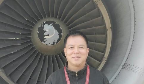 27年两点一线,见证流亭机场三次扩建!技术放行员曹新海与飞机相伴的这些年