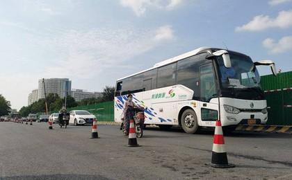 提前两个半月完工,潍坊健康街白浪河桥南半幅通车