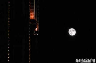 十五的月亮十六明