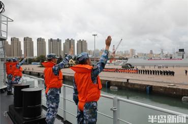 中国海军第39批护航编队奔赴亚丁湾